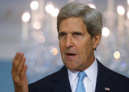 John Kerry steekt de loftrompet over zichzelf